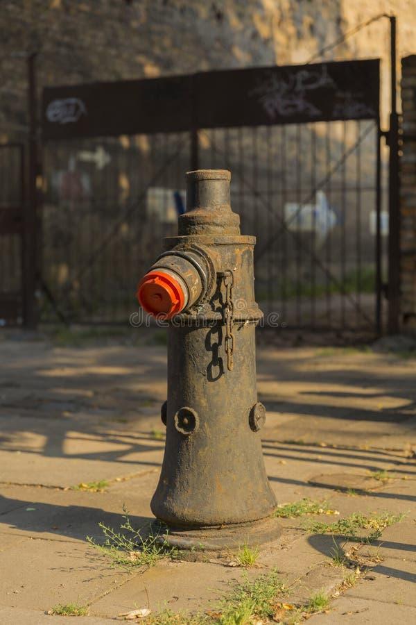 老金属消防栓在波兹南 免版税库存图片