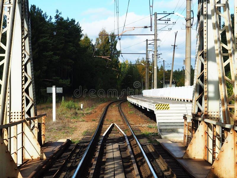 老铁路桥、细节和特写镜头 火车的百年桥梁 免版税图库摄影