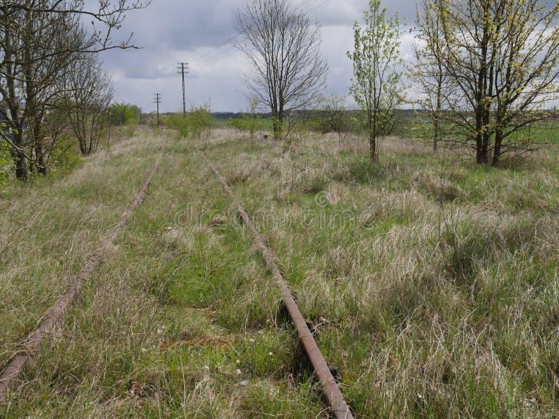 老铁路生锈的跟踪 免版税库存图片