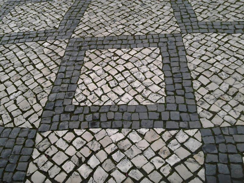 老铺的小的石头街道城镇 免版税库存图片