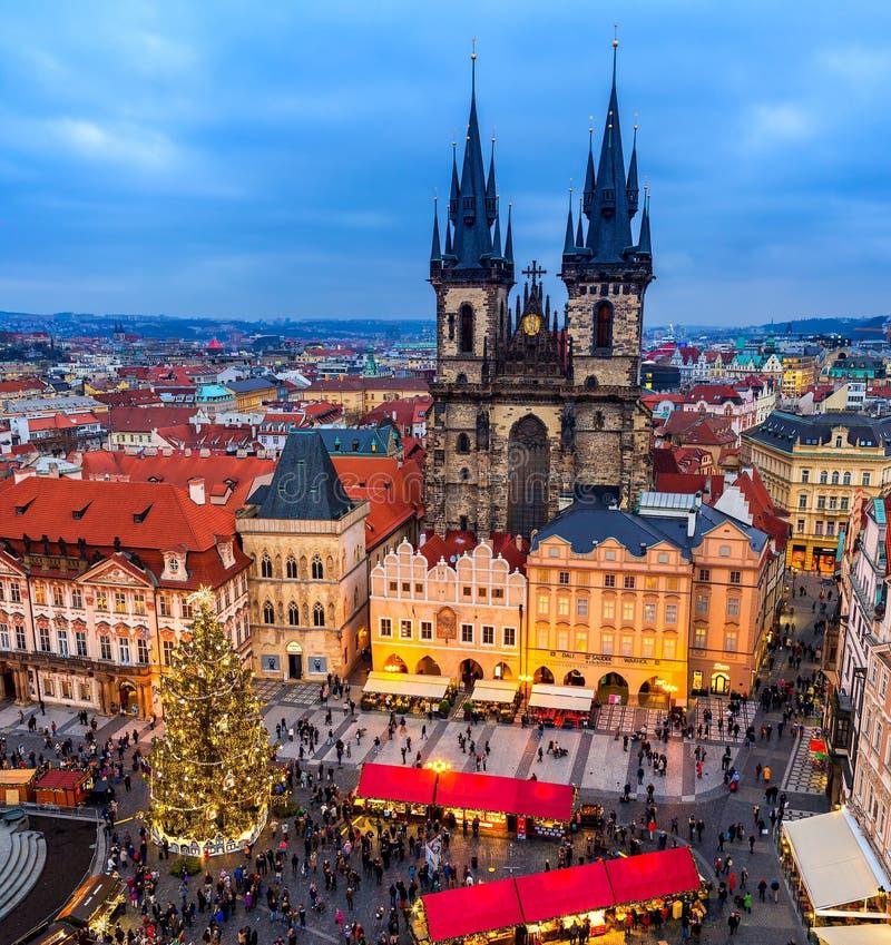 老镇中心和圣诞节市场在布拉格,捷克 库存图片