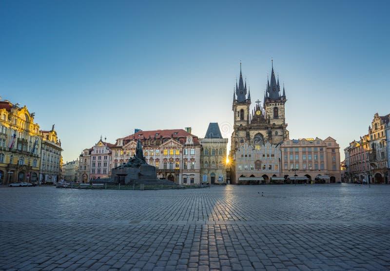 老镇中心在布拉格市,捷克 免版税库存照片