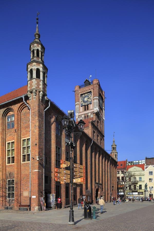 老镇主要集市广场市场和香港大会堂在托伦,波兰 库存图片