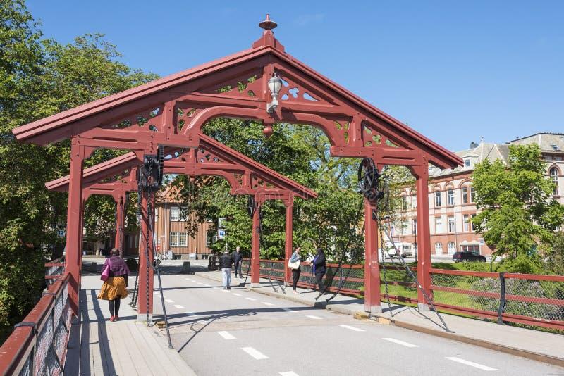老镇桥梁特隆赫姆 免版税库存图片