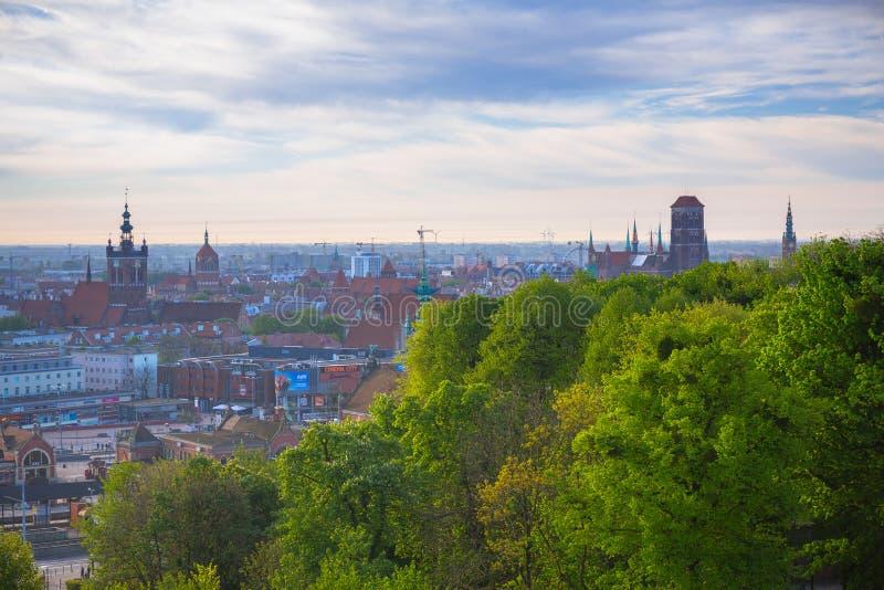 老镇的鸟瞰图在日出的格但斯克,波兰 库存照片