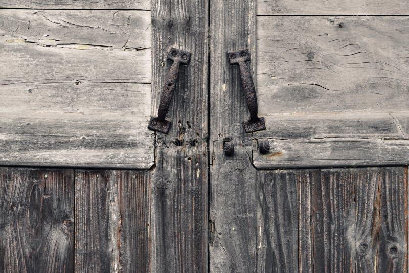 老门和老木纹理 图库摄影