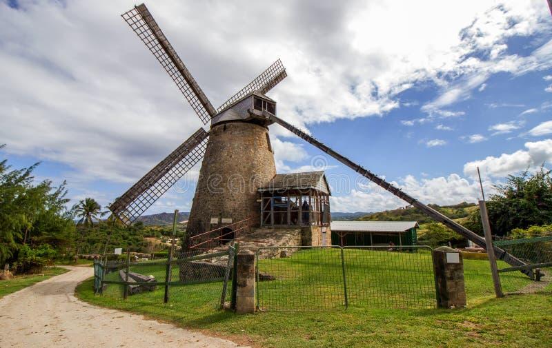老风车(糖厂)在摩根刘易斯,巴巴多斯 免版税库存照片