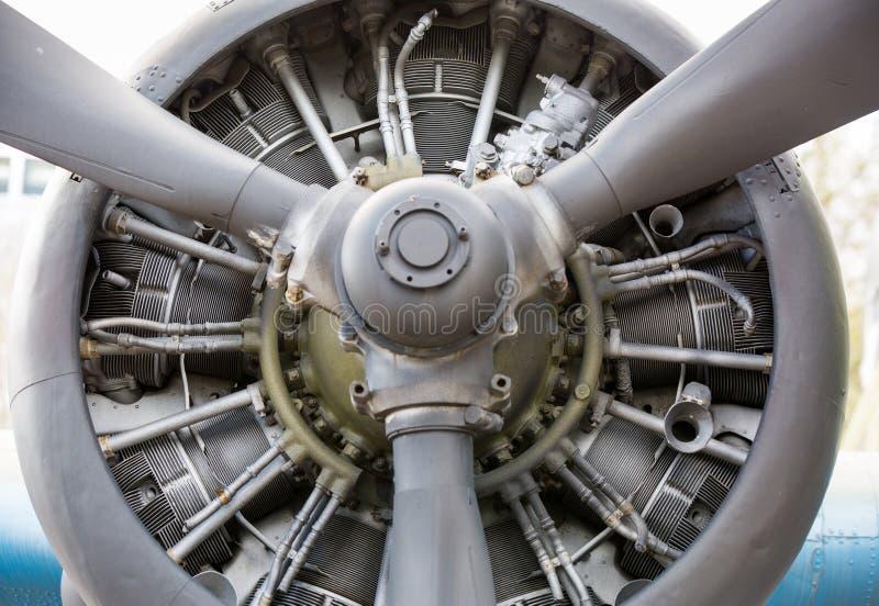 老飞机引擎关闭 免版税库存图片