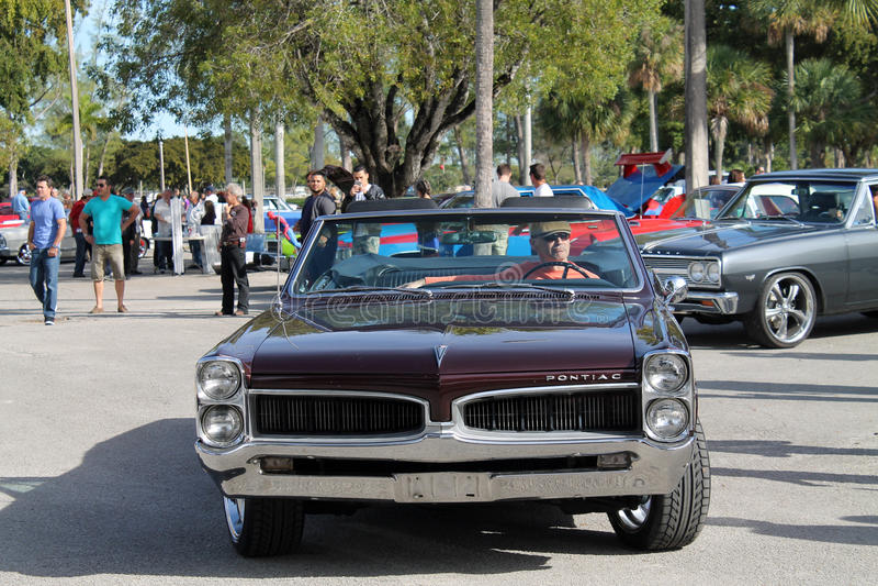 老经典美国肌肉汽车 图库摄影