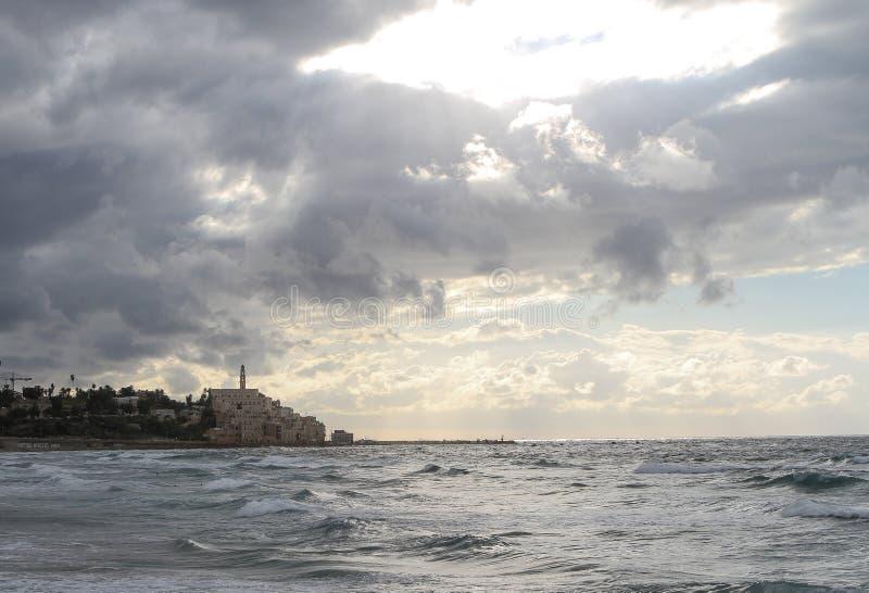 老贾法角的看法从海滩的特拉维夫 图库摄影