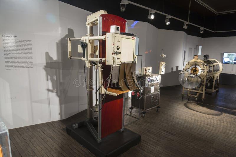 老X光芒用具在尼古拉・特斯拉技术博物馆在萨格勒布,克罗地亚 库存照片