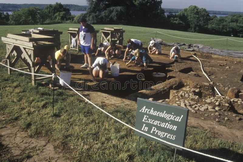 考古学挖掘过程中在Mt 弗农,乔治・华盛顿,亚历山大,弗吉尼亚的家 免版税图库摄影