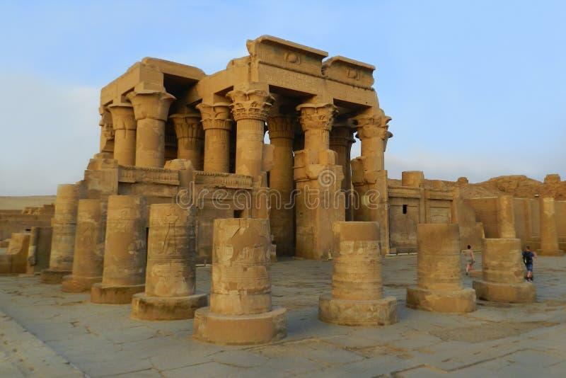 考姆翁布,埃及寺庙的废墟  免版税库存图片