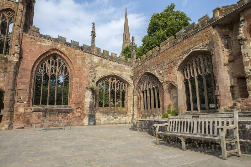 考文垂大教堂废墟在英国 免版税库存图片