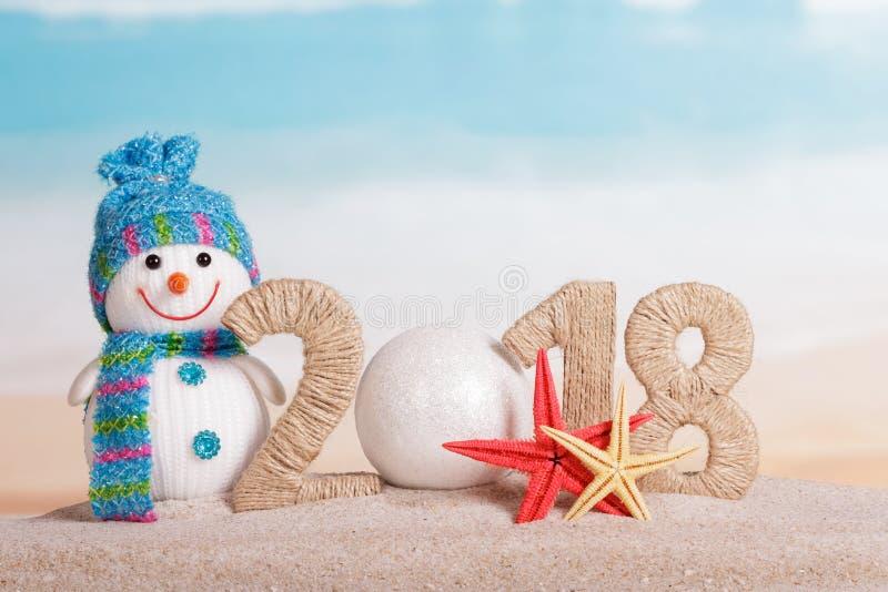 而不是第0的新年题字2018年, -白色球, 免版税库存图片
