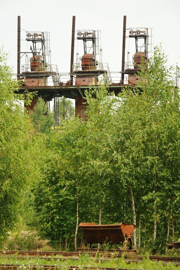 耐火泥生产 库存图片