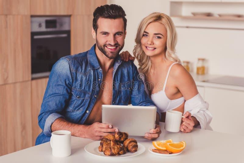 耦合厨房 免版税图库摄影