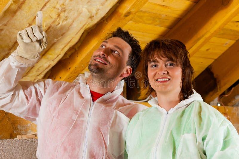 耦合安装绝缘材料屋顶上升暖流 免版税图库摄影