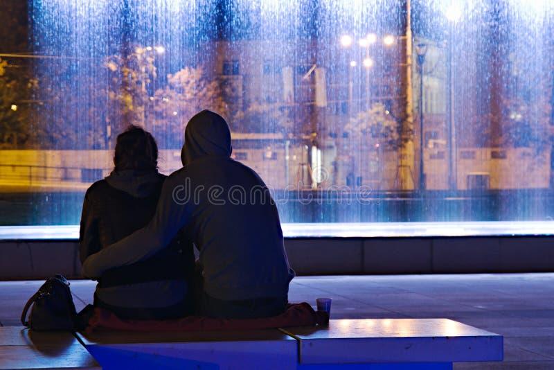 Download 耦合爱 库存图片. 图片 包括有 夫妇, 言情, 的布里格斯, 男朋友, 晚上, 容忍, 生活, 日期, 城市 - 62536331