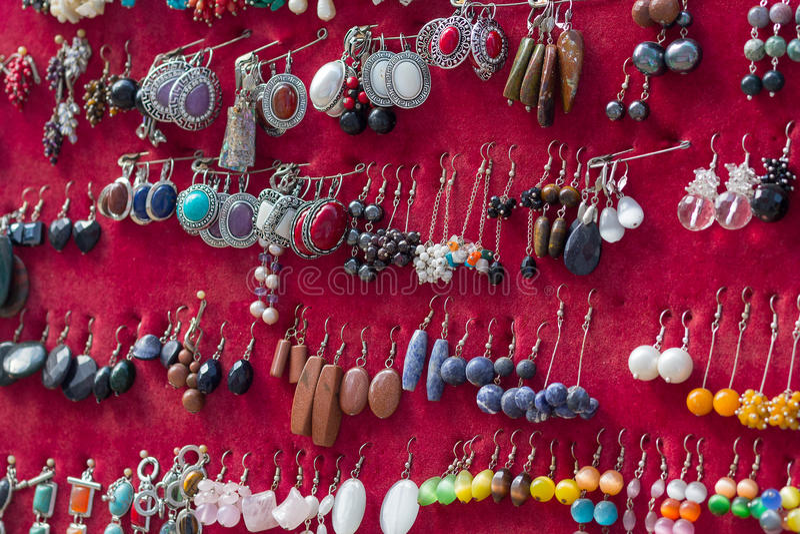 耳环首饰被暴露的品种  免版税库存照片
