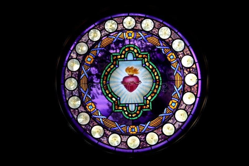 耶稣圣心污迹玻璃窗 库存照片