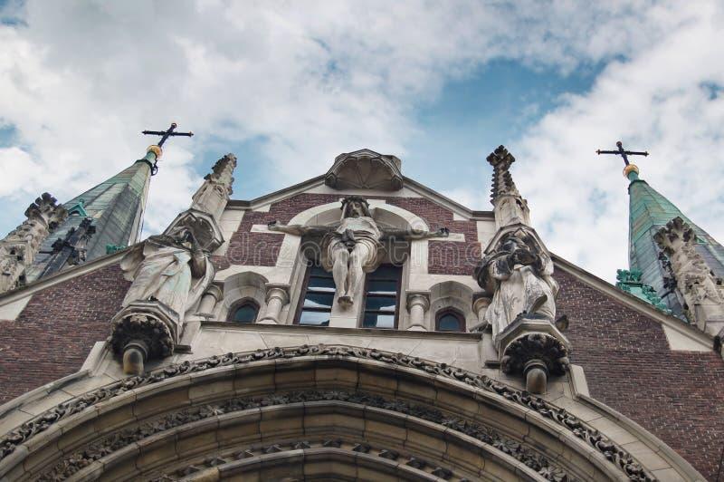 耶稣基督哥特式雕象  免版税图库摄影