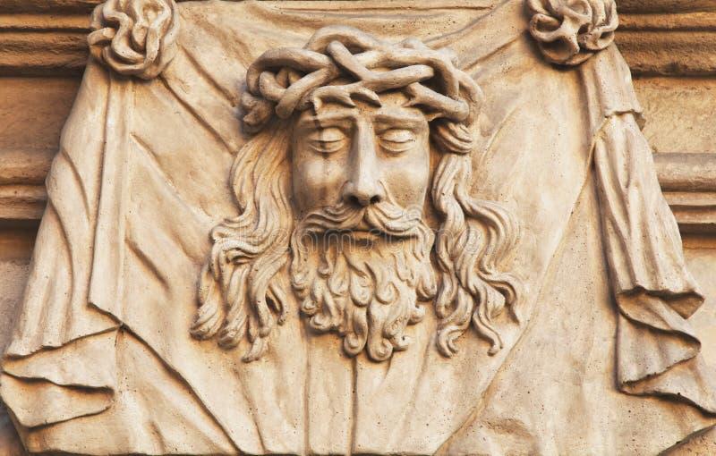 耶稣基督铁海棠的面孔(雕象) 免版税库存照片