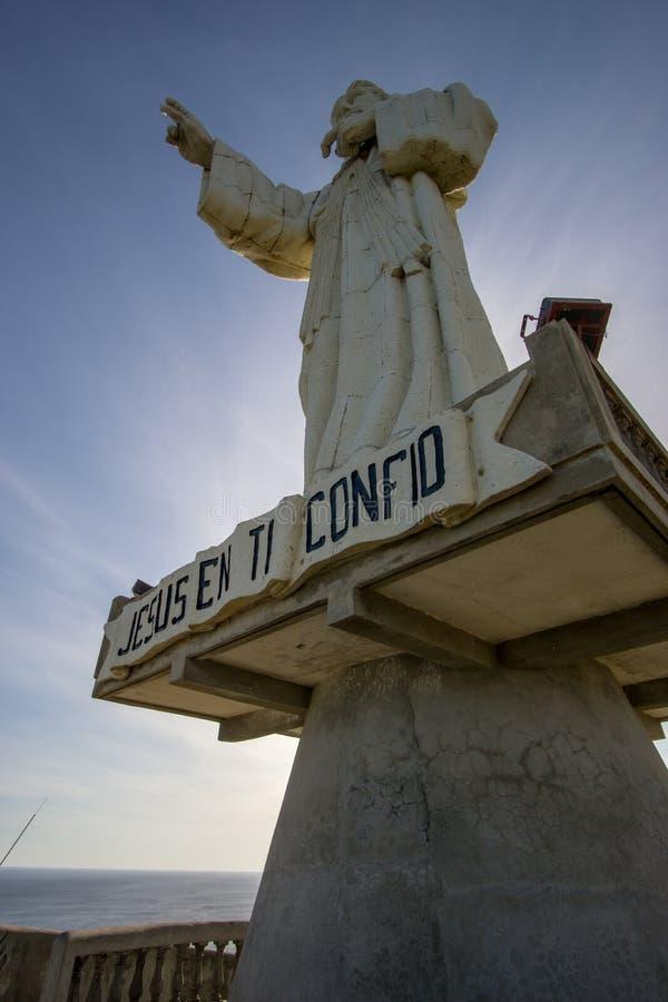 耶稣基督雕象的旅游游览在尼加拉瓜,在圣胡安del sur 免版税图库摄影