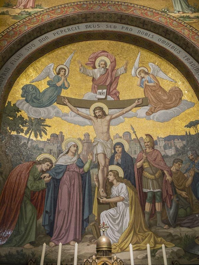 耶稣死亡的马赛克十字架的 免版税图库摄影