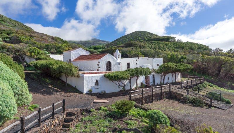 耶罗岛-教会埃尔米塔Virgen de Los雷耶斯 免版税库存照片