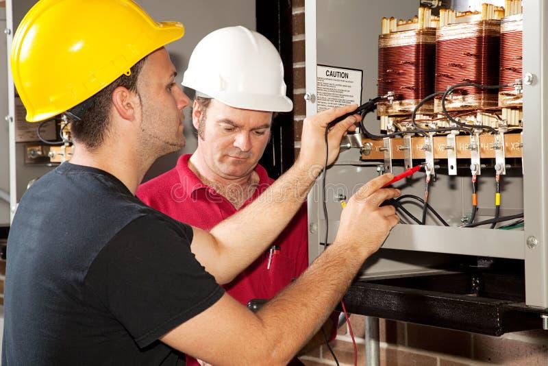 职业电工的培训 库存照片
