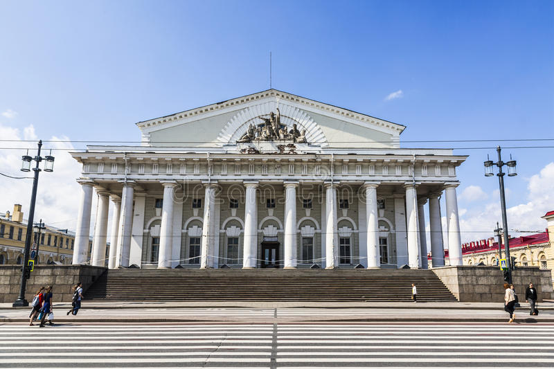 联交所大厦的看法,圣彼德堡,俄罗斯 库存图片
