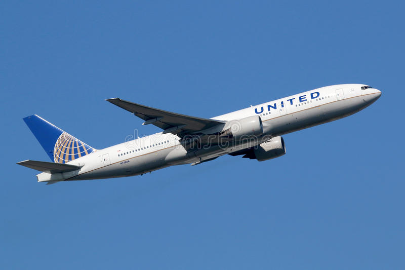 联合航空波音777-200 库存图片