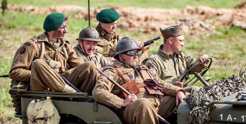 联盟的着陆在诺曼底 第二前面的军事历史重建这开头6月6,1944的 ii战争世界 免版税库存照片