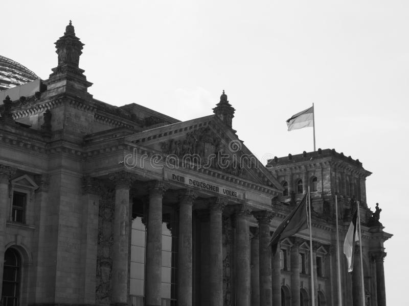 联邦议会议会在黑白的柏林 免版税库存图片