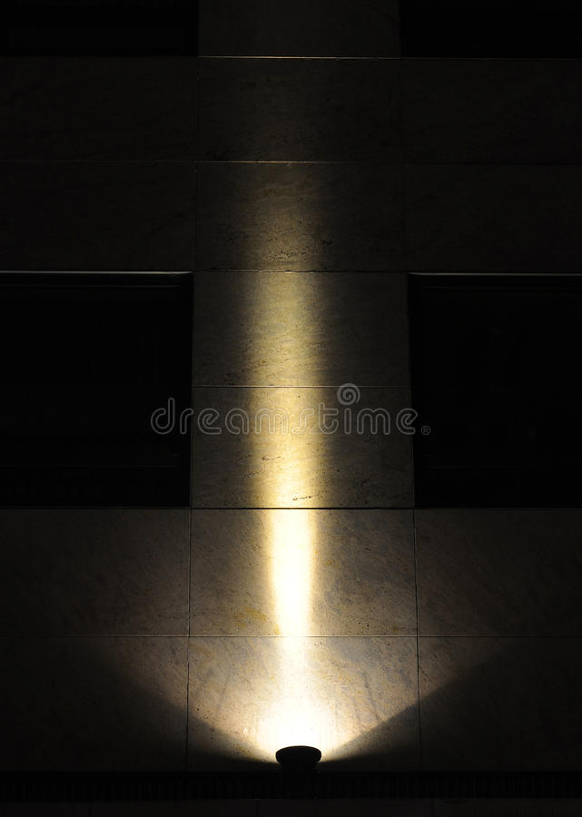 聚光灯背景, llluminated墙壁 库存照片