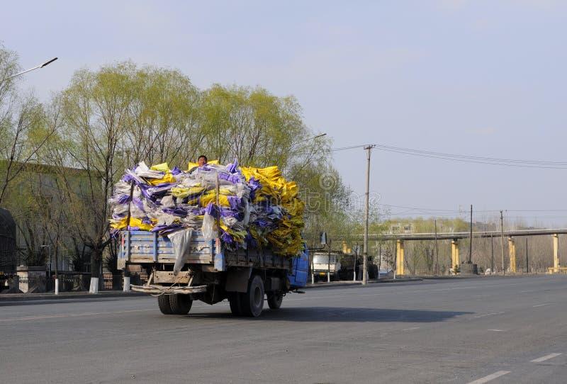 肇东市回收卡车的中国 库存照片