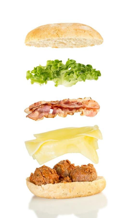 Download 肉丸三明治 库存照片. 图片 包括有 空白, 升空, 零件, 巴西, 成份, 查出, 展开, 三明治, 干酪 - 72369282
