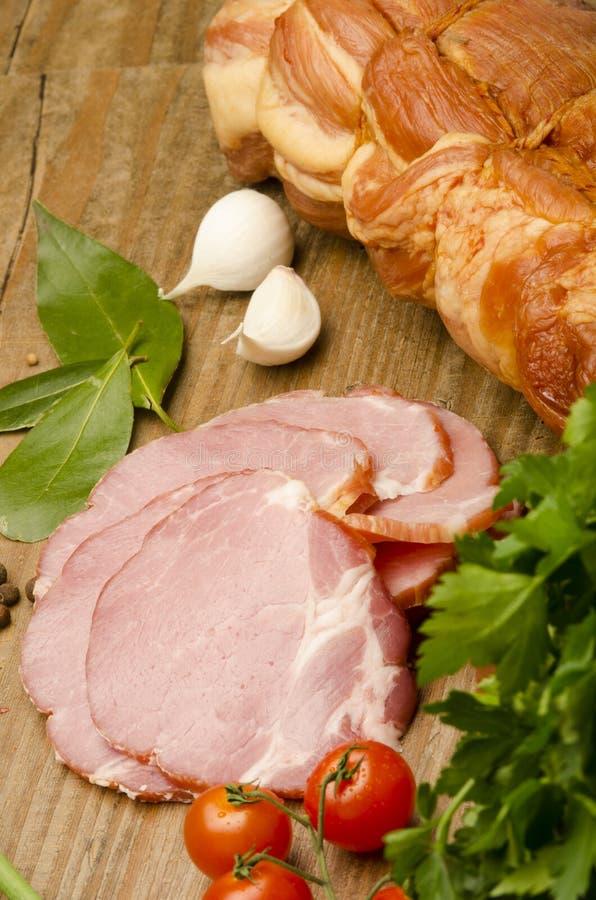 Download 肉和菜 库存图片. 图片 包括有 正餐, 膳食, 饮料, 构成, altai, 原始, 牛奶, 制动手, 胡椒 - 30337037