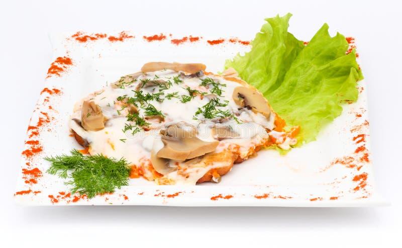 肉用蘑菇和酸性稀奶油 库存图片