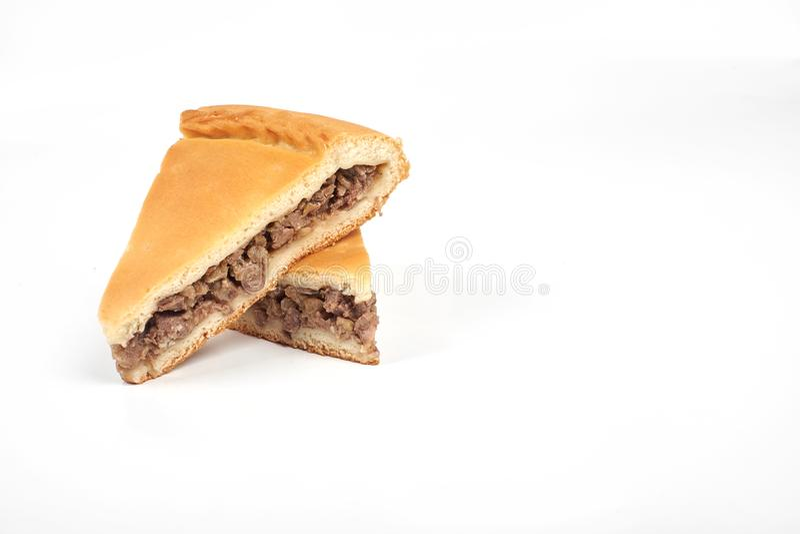 肉馅饼用牛肉,隔绝在白色背景 免版税图库摄影