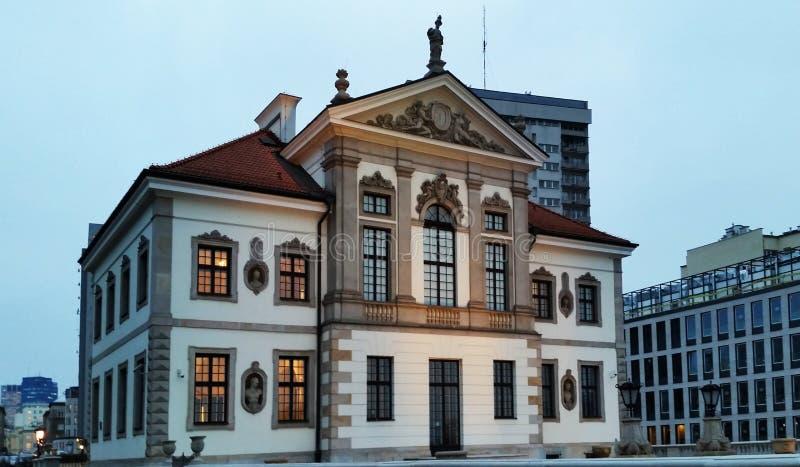 肖邦博物馆在华沙在晚上 波兰 库存图片