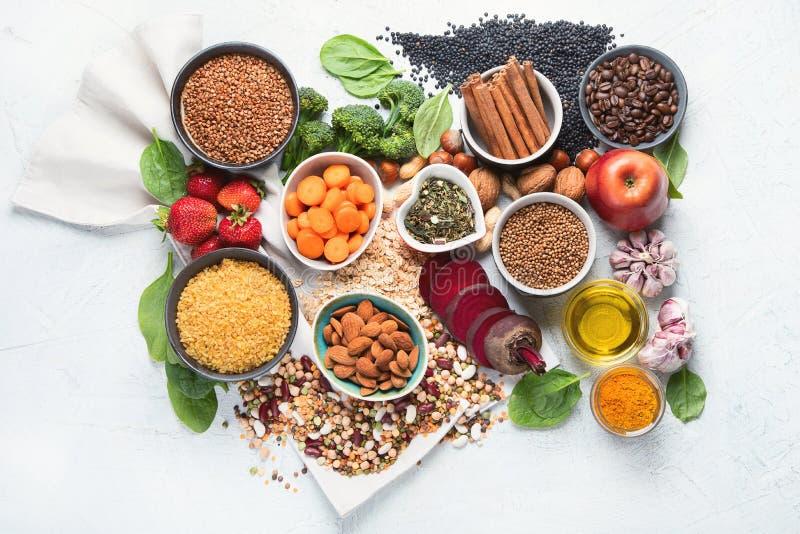 肝脏戒毒所饮食食物概念 健康肝脏的食物 库存图片