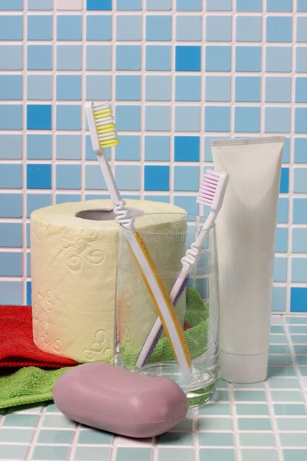 肥皂和牙刷一 免版税库存照片