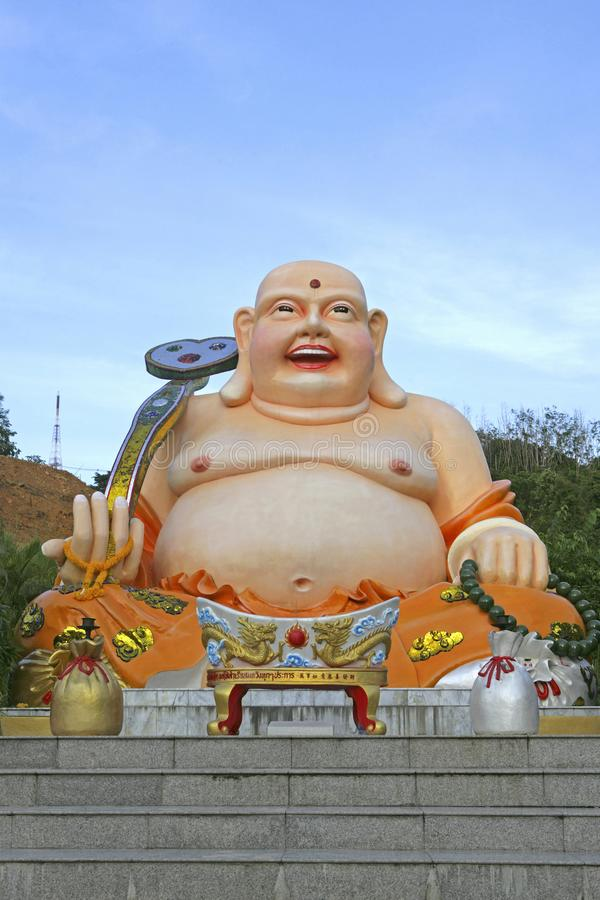 肥胖菩萨形象在合艾,泰国城市公园  免版税库存图片
