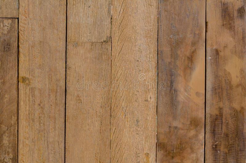 肮脏的木盘区背景使口气变暗 库存图片