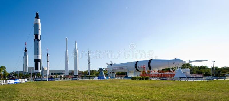 肯尼迪航天中心火箭队庭院  库存图片