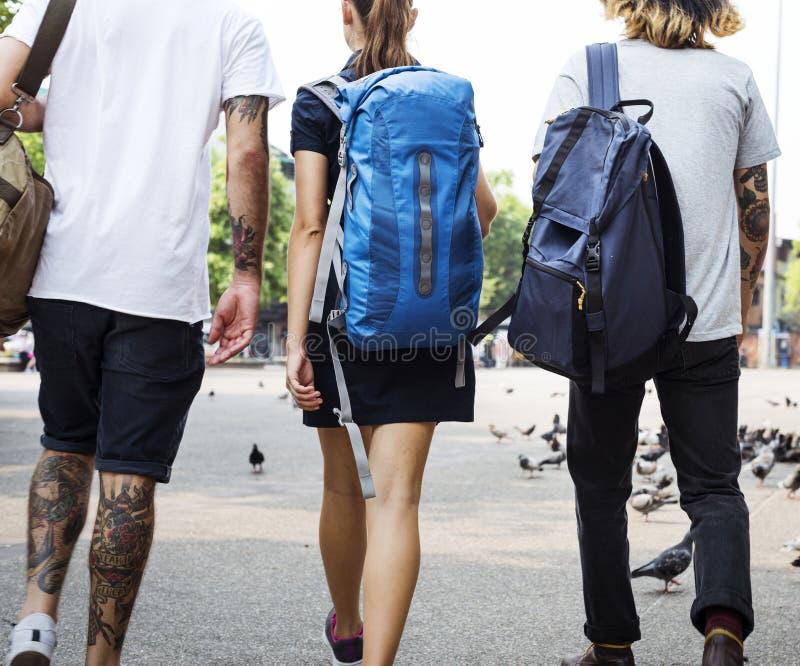 背包徒步旅行者在清迈泰国 免版税库存照片
