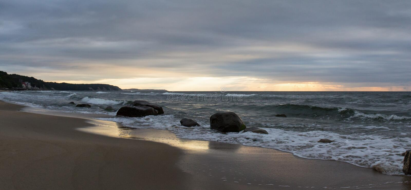 背景例证风暴日落向量 图库摄影