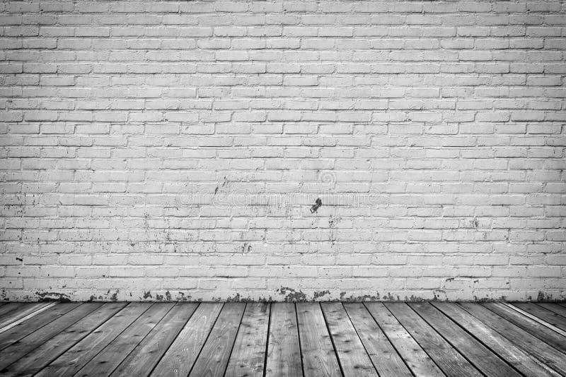 背景内部:混凝土墙和木头地板 库存例证